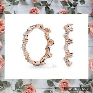 Pandora: Flower Crown Ring